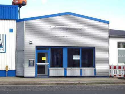 Kleines Bürohaus, teilmöbliert