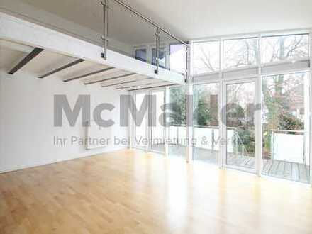 Exklusives Wohnen vor den Toren Münchens: Moderne Galerie-Wohnung mit Terrasse in Grünwald!