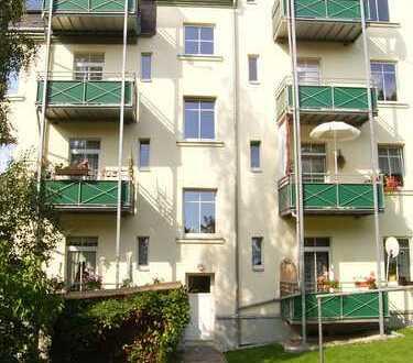 Praktisch geschnittene Dreiraumwohnung mit Balkon