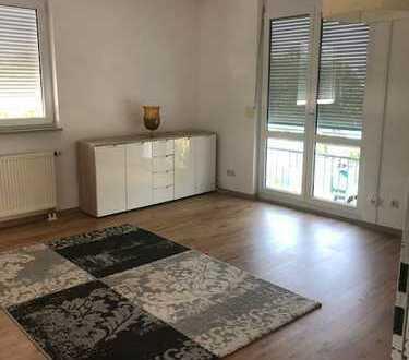 Gepflegte 3-Zimmer-Wohnung mit Balkon und Einbauküche in Eresing
