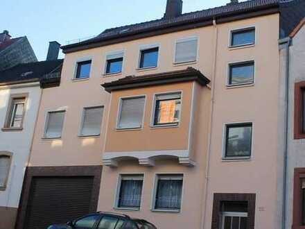 +++Großzügiges, gepflegtes 3-Familienhaus im Stadtzentrum mit Garage, Balkon+++
