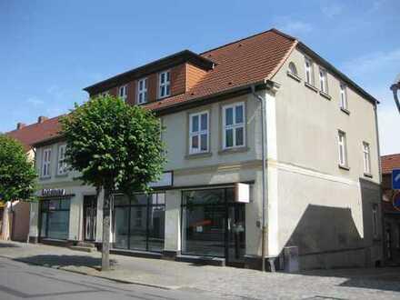 3,5 Zimmer-Altbauwohnung im Zentrum von Neustrelitz