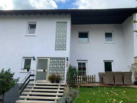 Mehrfamilienhaus + weiteres Grundstück mit Baugenehmigung