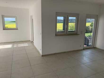 Erstbezug nach Sanierung 3-Zimmer-Maisonette-Garten-Wohnung mit Hausflair