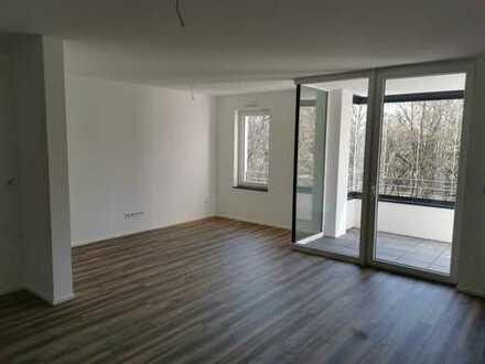 Erstbezug zentrale 3-Zimmer-Wohnung in Aschaffenburg mit EBK und Balkon