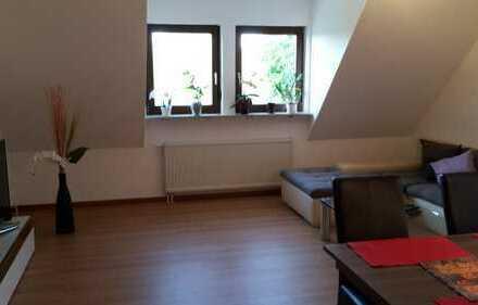 Gepflegte 3-Zimmer-Dachgeschosswohnung mit Einbauküche in Schwäbisch Hall