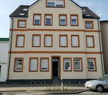 Ansprechende, vollständig renovierte 3-Zimmer-Erdgeschosswohnung in Bremerhaven