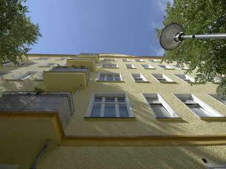 Provisionsfrei: 5-Zimmer-Altbauwohnung im Kreativkiez Friedrichshain