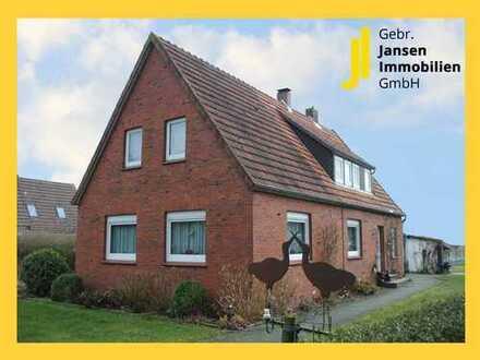 Kernsaniertes Einfamilienhaus auf großem Grundstück direkt am Barßeler Kanal!
