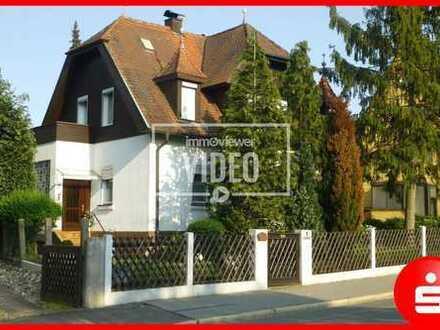 Charmantes Einfamilienhaus mit schönem Grundstück in Lauf an der Pegnitz