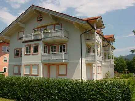 Exclusive 2,5 Zi. DG Galerie Wohnung mit ca. 140 m² Wohnfläche, 2 Balkone und TG Stellplatz