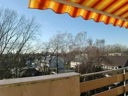 Mit Ausblick & Top Renoviert! Hier müssen Sie nur noch einziehen! Schöne 3-Zimmer Wohnung in Kamen!
