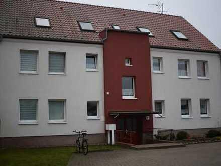 Mehrfamilienhaus mit Acker, Grün- und Bauland