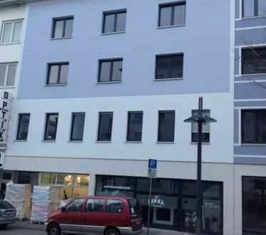 Renovierte 5-Zimmer-Wohnung am Bahnhofsplatz in Hamm zu vermieten - Auch als 4. o. 5-WG möglich!!!