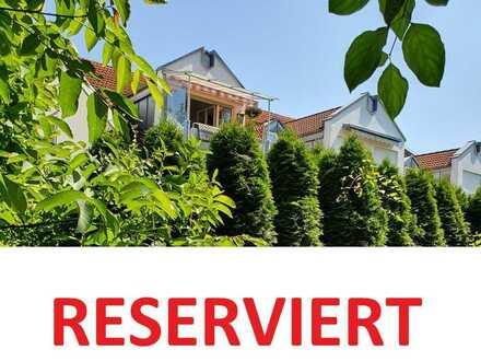 RESERVIERT ! 2 Zimmer Wohnung mit Südwest-Balkon in ruhiger Wohnlage -Vermietet zur Kapitalanlage