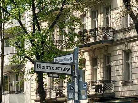 Schöne, geräumige Ein-Zimmer-Wohnung in Charlottenburg (Erstbezug nach Sanierung)