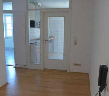 Traunstein-Zentrum, 89 qm, 1. Stock, Einbauküche