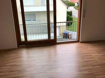 Modernisierte 3,5-Raum-Wohnung mit Einbauküche in Hilzingen
