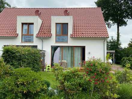 Schöne Doppelhaushälfte in Schortens (Grafschaft)