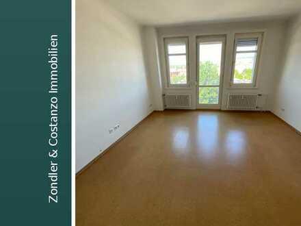 WOW!!! Schöne, helle 2-Zimmerwohnung in guter Lage mit 2 Balkonen und Keller in S-Wangen