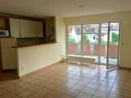 Charmante drei Zimmer Wohnung in Aschaffenburg, Stadtmitte - ab sofort!!!!!!