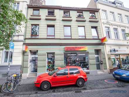 Solides Mehrfamilienhaus + Ausbaureserve im Herzen der Bonner Altstadt in Uninähe!