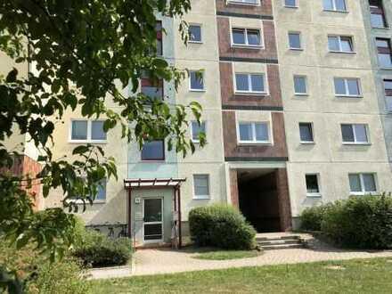 3-Zimmer-Wohnung mit verglaster Südloggia in Rostock-Dierkow