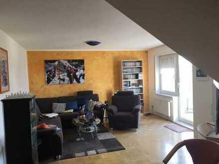 Attraktive 2-Zimmer-Dachgeschoss-Wohnung in Senden-Ay - mit Garage