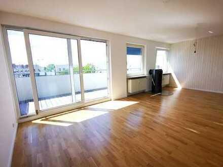 Lichtdurchflutetes 2-3 Zimmer-Penthouse mit großer Dachterrasse in Frankfurt-Höchst!
