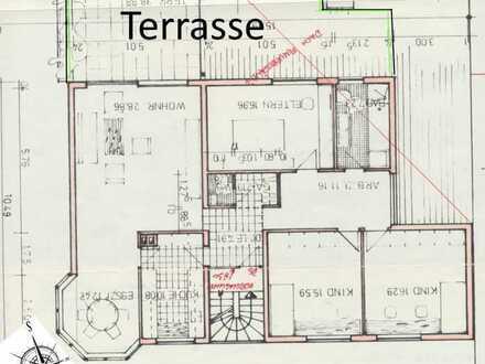 Modernisierte 4-Zimmer-Wohnung mit Terrasse und EBK
