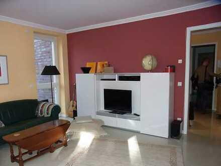 Sehr schöne, geräumige zwei Zimmer Wohnung in Hamburg Altona-Othmarschen