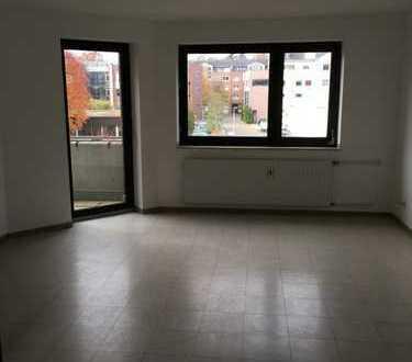 3 Zimmer Wohnung mit Balkon in bester Lage