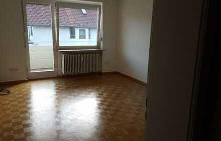 Attraktive 1-Zimmer-Wohnung mit EBK und Balkon in Hadern, München