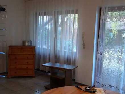 Gepflegte 1-Zimmer-EG-Wohnung mit Terrasse und Einbauküche in Bermatingen