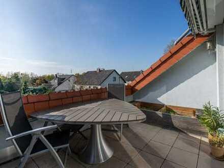 Top-Angebot: Maisonettenwohnung mit großer Terrasse im 2 FH