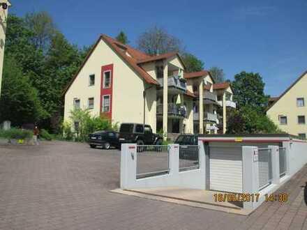 Schöne vier Zimmer Galeriewohnung in Fürth (Kreis), Großhabersdorf