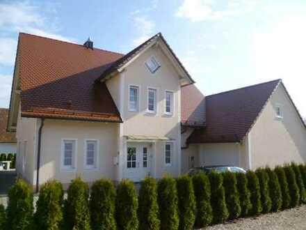 Excl. Einfamilienhaus in ruhiger Wohnlage von Hohenwart / OT zu vermieten !