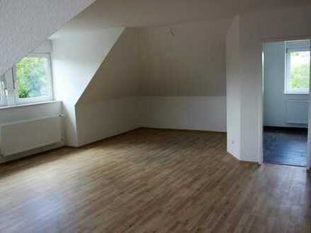 Erstbezug! Neu ausgebaute 2,5-Raum Dachgeschosswohnung!