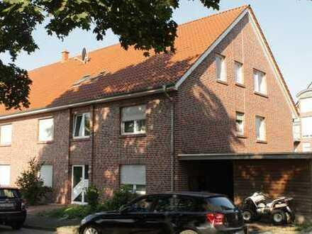Schöne 2 ZKB mit Balkon- Hohenkampstraße - WBS erforderlich