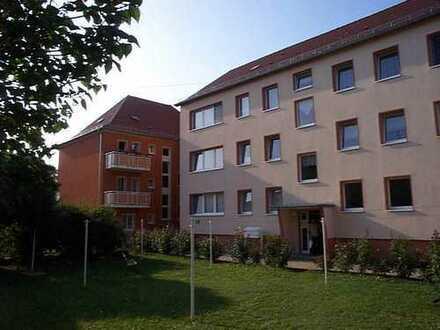 Bezugsfertige 3-Raum-Wohnung mit Wohnküche