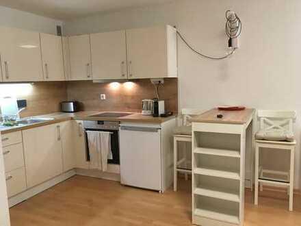 Voll ausgestattetes und saniertes Apartment mit Balkon in zentraler und ruhiger Lage