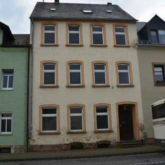 3 Familien-Wohnhaus mit 182,65 qm Wohnfläche