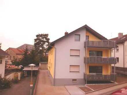Schöne, helle 4-Zimmer-Wohnung mit Balkon in Östringen