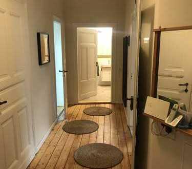 800 €, 100 m², 4 Zimmer