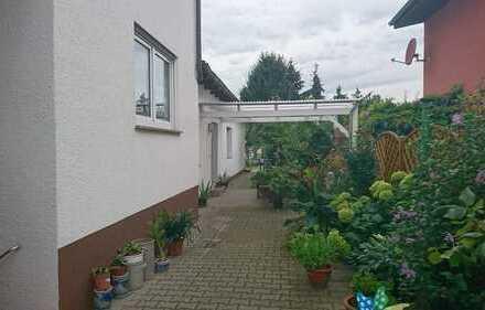 Erstbezug nach Sanierung mit Terasse: exklusive 2-Zimmer-Erdgeschosswohnung in Bensheim