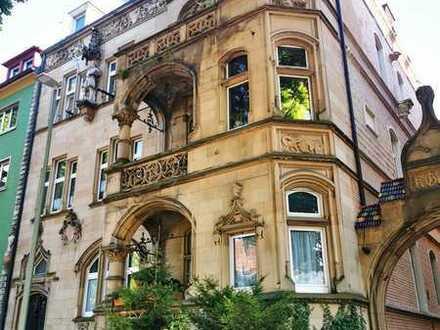 Wunderschöne große helle 5 Zimmer Wohnung mit Balkon inmitten der Karlsruhe-Südweststadt!