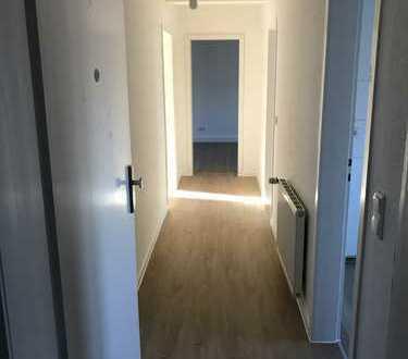 Köln-Raderberg, 3 Zimmer-DG-Wohnung (67 m²)