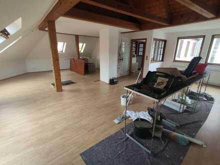 Schöne, geräumige drei Zimmer Wohnung in Helmstedt mit EBK Innenstadtlage