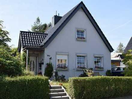 Einfamilienhaus mit reizvollem Potenzial auf traumhaften Grundstück am Vieburger Gehölz