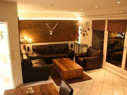 Schön geschnittene Wohnung in ruhigem Haus
